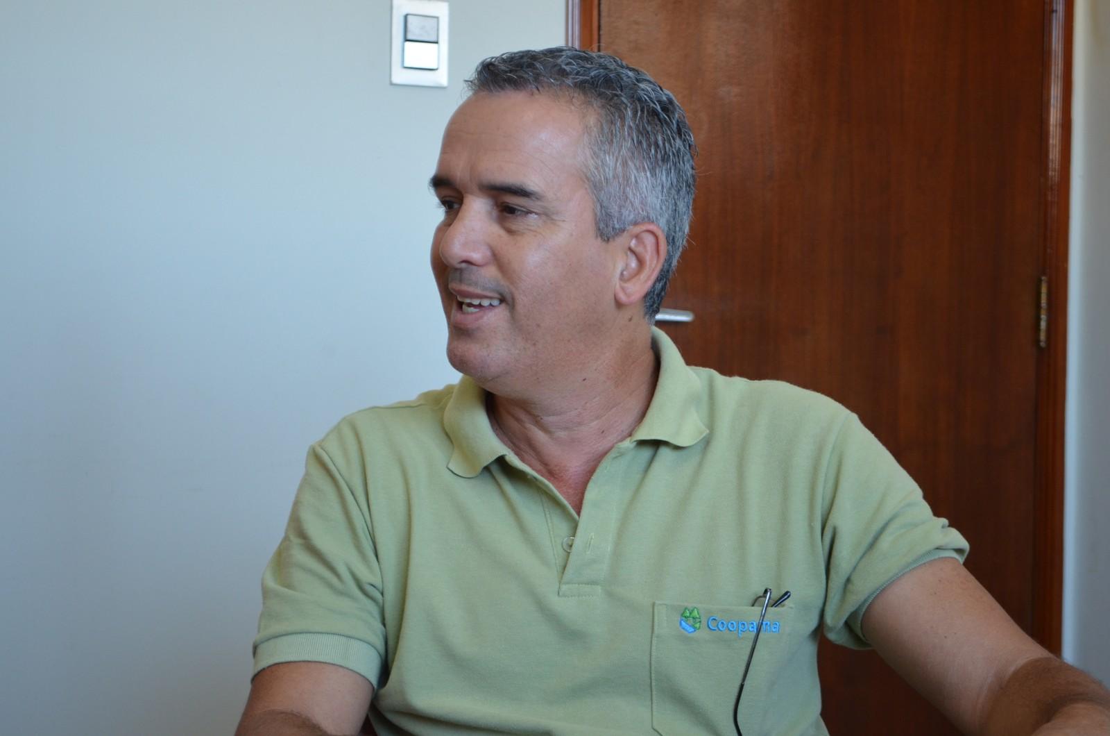 Segundo diretor de cooperativa, instituições ajudam produtor a melhorar qualidade e produção no campo (Foto: Lucas Soares)