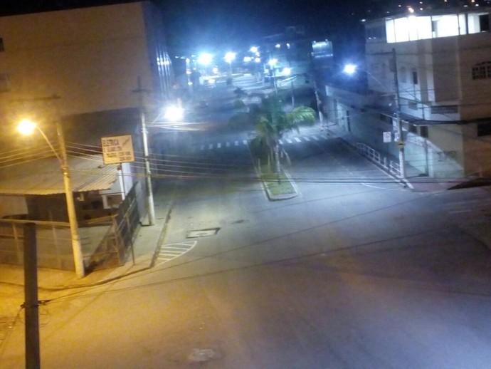 Rua de acesso ao estádio Engenheiro Araripe, em Cariacica (Foto: Arquivo pessoal)