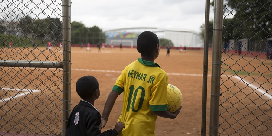 Futebol: fábrica de sonhos e ilusões (Foto: Getty Images)