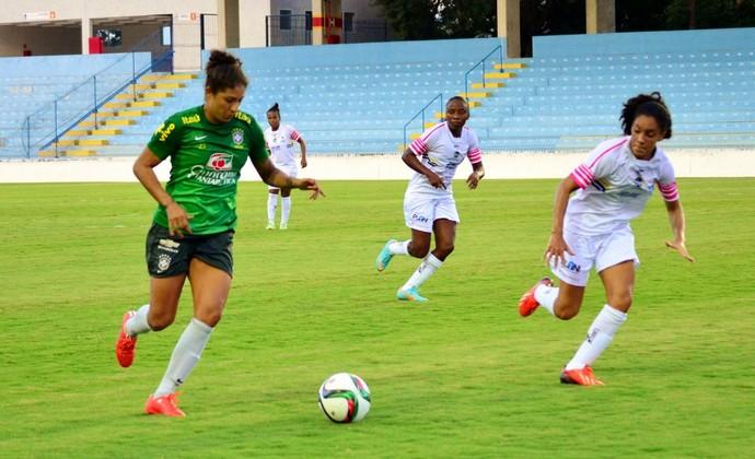 São José x Seleção brasileira futebol feminino Cristiane (Foto: Danilo Sardinha/GloboEsporte.com)