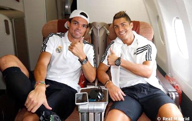 Pepe e Cristiano Ronaldo viagem Real Madrid (Foto: Divulgação / Site Oficial do Real Madrid)
