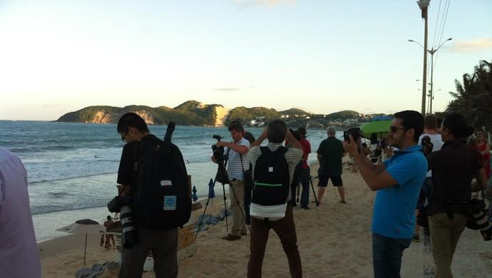 Grupo de jornalistas conheceu a praia de Ponta Negra, em Natal (Foto: Arthur Barbalho)