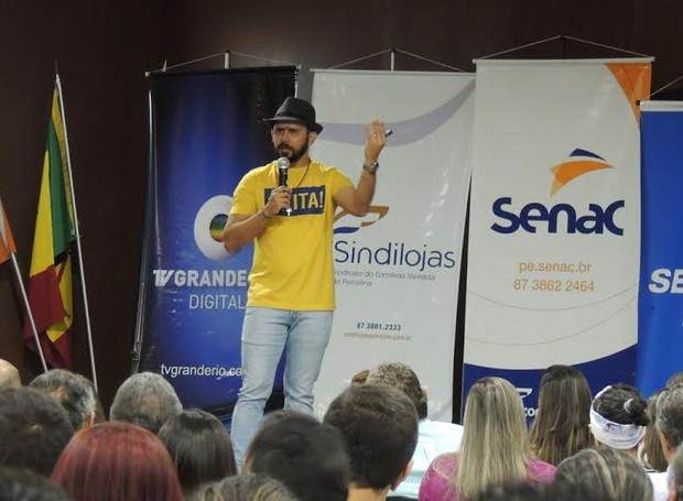 Braulio Bessa ministrou palestra O jeito arretado de empreender (Foto: Marketing/TV Grande Rio)