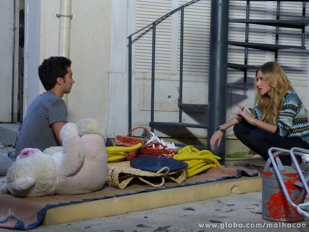 Sofia manda Ben ficar distante dela!!!!! Será q o gato vai aguentar?? (Foto: Malhação/ TV Globo)