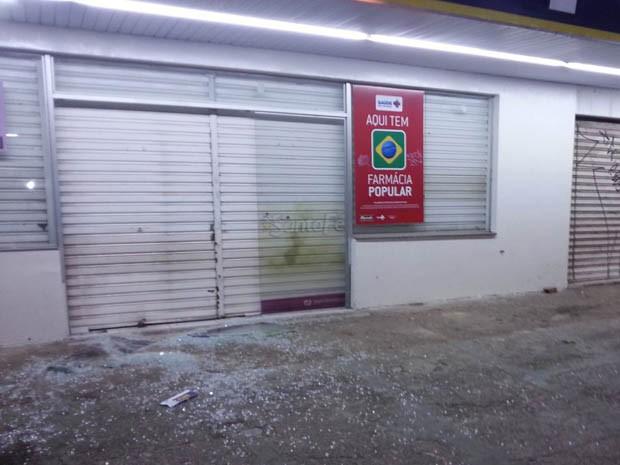 Assalto foi a uma farmácia no Conjunto Panatis, na Zona Norte de Natal (Foto: Kléber Teixeira/Inter TV Cabugi)