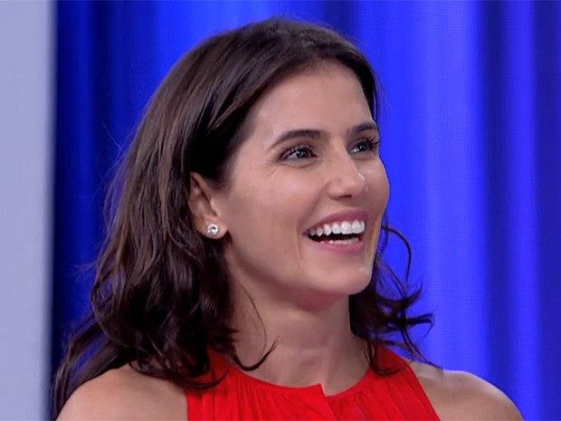 Deborah Secco se diverte com suas personagens (Foto: Vídeo Show / Gshow)