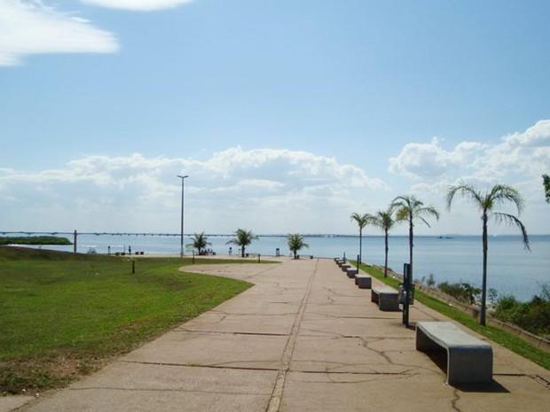 Corpo foi localizado na orla do Rio Paraná, em Presidente Epitácio (Foto: Corpo de Bombeiros/Cedida)