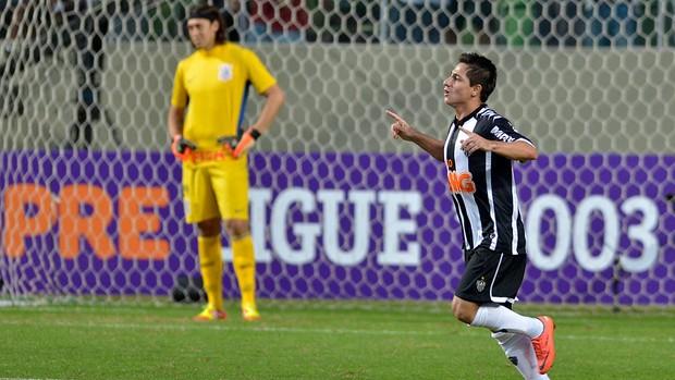 danilinho atlético-mg gol corinthians (Foto: Pedro Vilela / Agência Estado)
