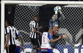 """Para Lédio, Gatito foi melhor do Bota e merece titularidade: """"Eu não mexeria"""""""