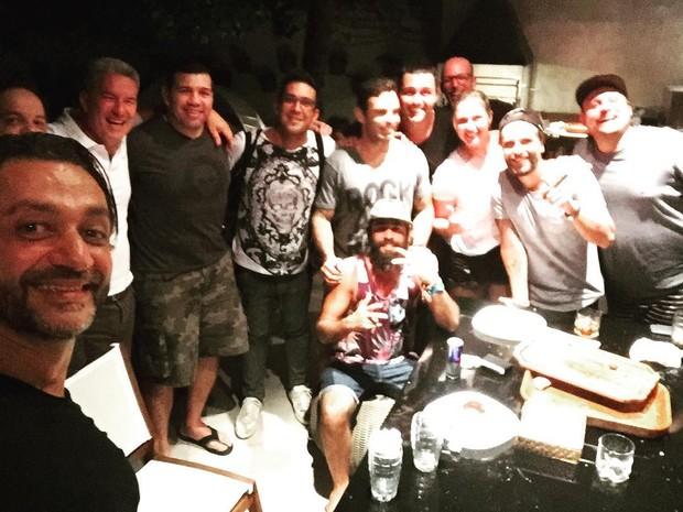André Marques, Bruno Gagliasso e amigos (Foto: Reprodução / Instagram)