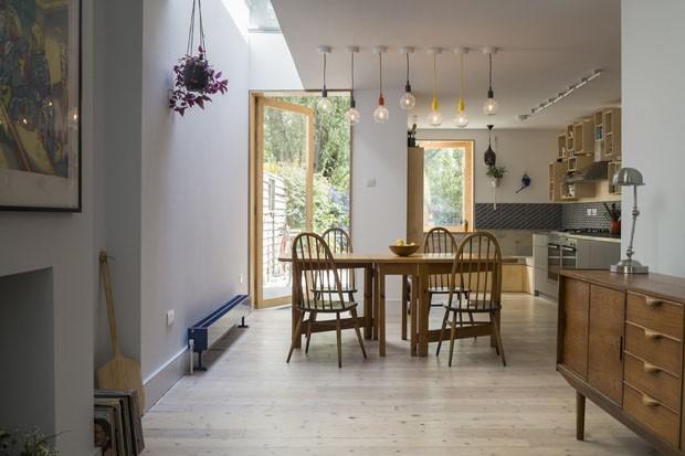 Casa compacta, confortável e ousada para uma família descolada (Foto: Tim Crocker/Divulgação)