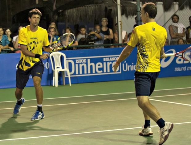 Marcelo Melo e Bruno Soares na Costa do Sauípe, tênis (Foto: Celso Pupo / Fotoarena)