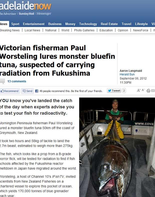 Paul Worsteling segura o atum de 275 quilos (Foto: Reprodução)