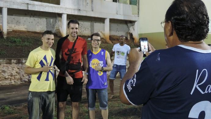 Victor em jogo beneficente em Santo Anastácio (Foto: Valmir Custódio / GloboEsporte.com)