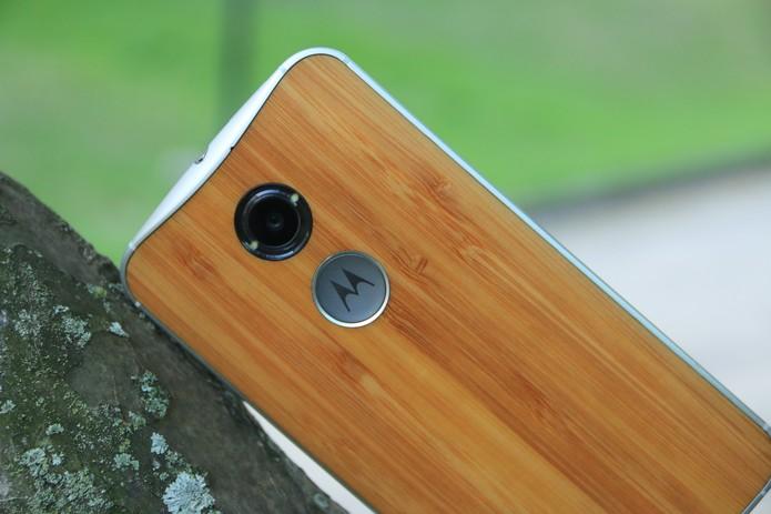 Detalhe da câmera traseira do Moto X (Foto: Lucas Mendes/TechTudo)