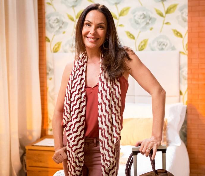 Carolina Ferraz vive Penélope, mãe de Tamara (Cleo Pires) e Beto (João Baldasserini) (Foto: Fabiano Battaglin/Gshow)