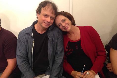 Isaac Bernat e Letícia Isnard no Midrash, no Leblon (Foto: Marina Estevão)