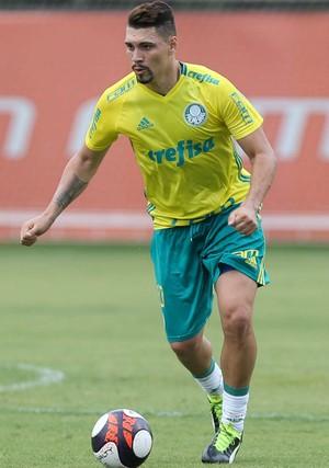 Palmeiras divulga numeração oficial para a temporada  veja lista completa 32e80983f7864