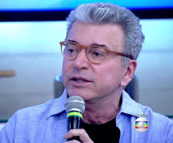 Edney Silvestre conta que sofreu com dislexia (Foto: TV Globo)