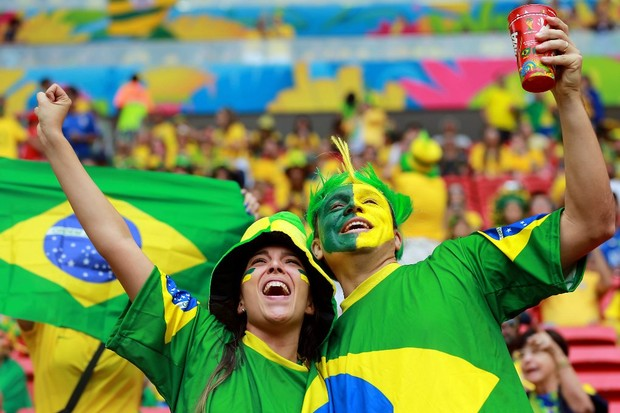 0d7833a1af 6 gritos do futebol brasileiro para inspirar a torcida da Seleção ...