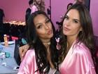 Veja tops como Adriana Lima, Gigi Hadid e Kendall Jenner nos bastidores do desfile da Victoria's Secret