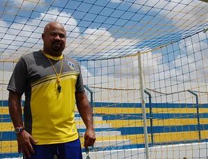 Mirandinha, técnico do Araripina (Foto: Tiago Medeiros, GLOBOESPORTE.COM)