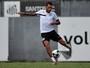 Sem titulares e centroavante, Santos faz adaptação no ataque nesta quarta