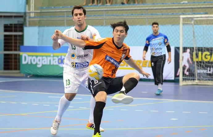 Cabo Frio x Carlos Barbosa - Liga Futsal (Foto: Léo Borges/NaJogada)