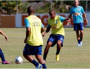 Borges treina confiante em voltar a ser titular (Foto: Washington Alves / Vipcomm)