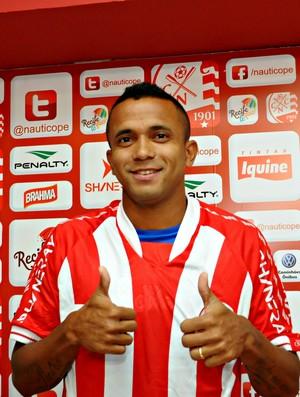Rogerinho - Náutico (Foto: Aldo Carneiro/Pernambuco Press)