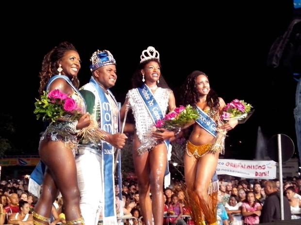 Realeza do Carnaval 2015 de Joinville foi escolhida na noite deste sábado (8) (Foto: Kleber Pizzamiglio/RBS TV)
