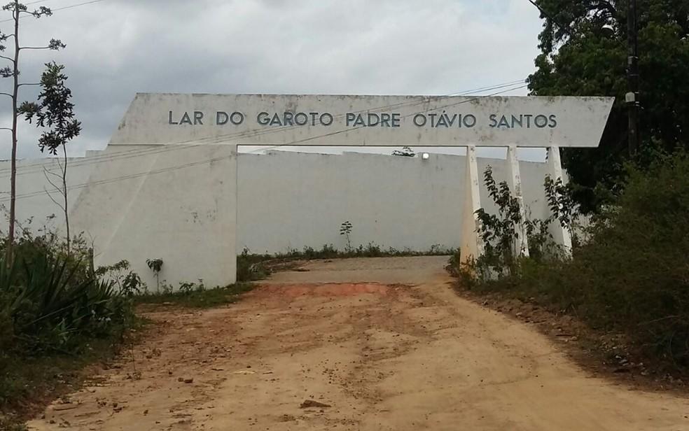 Centro Educacional Lar do Garoto, em Lagoa Seca, na Paraíba (Foto: Jackson Rondineli/TV Paraíba)
