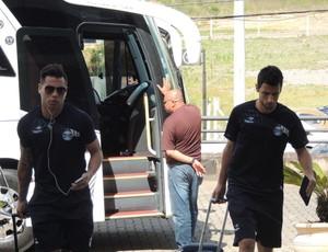 Chegada do Grêmio a Caxias do Sul (Foto: Hector Werlang / GLOBOESPORTE.COM)