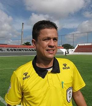 Árbitro Charles Hebert foi confirmado na decisão da Copa do Brasil Sub-20 (Foto: Assessoria Federação Alagoana de Futebol)