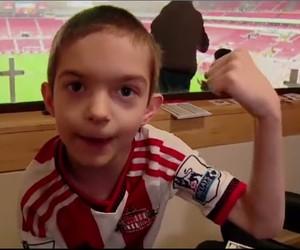 Clube inglês cria sala especial em estádio para pessoas com autismo  (Foto: Reprodução/SporTV)