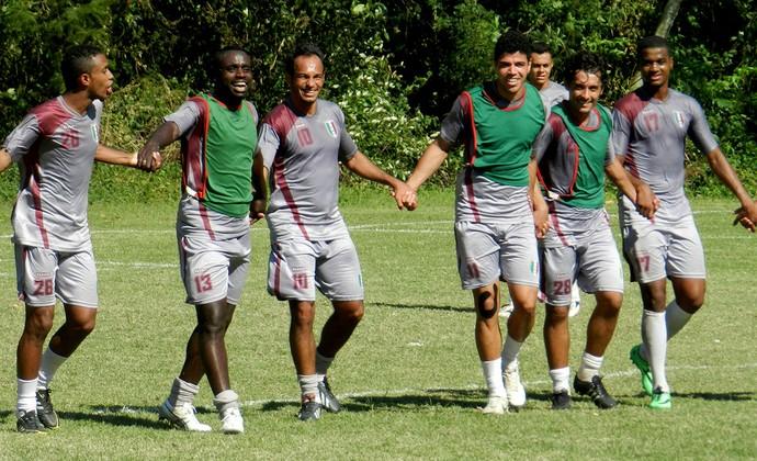 Jogadores do Barra da Tijuca, da Série B do Rio (Foto: Raphael Bózeo)