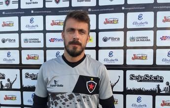 """Michel Alves mira final, mas faz alerta sobre o Sousa: """"Eles nos conhecem"""""""