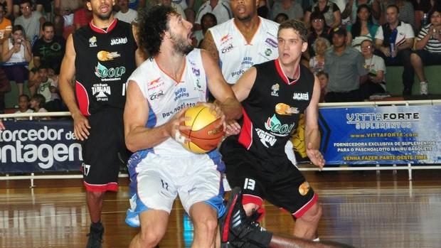 Bauru x Jacaréi - Paulista de basquete (Foto: Sérgio Domingues/HDR Photo)
