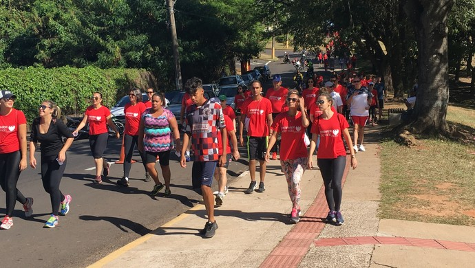 Caminhada pela Vida, em Presidente Prudente (Foto: Ive Rodrigues / GloboEsporte.com)