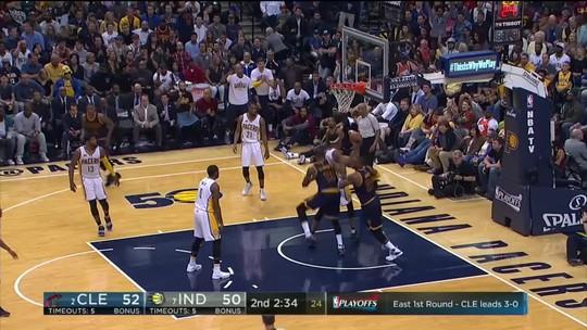 LeBron comanda com 33 pontos, e Cavs varrem os Pacers dos playoffs