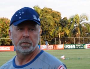 BLOG: Cruzeiro aposta em Mano Menezes para sair do Z4