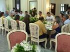 Prefeitos discutem com Governo de Roraima dificuldades em municípios