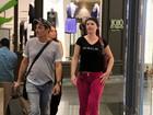 Luma de Oliveira faz compras em shopping no Rio