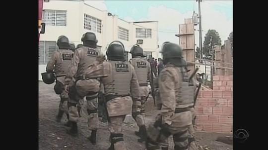 Detentos sofrem queimaduras em rebelião no Presídio de Lages