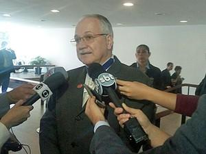 Decisão de liberar fosfoetanolamina foi exceção, diz ministro Fachin