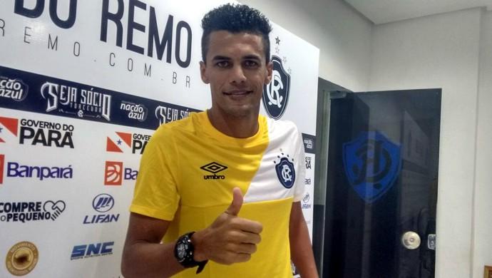 Ciro Sena, zagueiro do Remo (Foto: Samara Miranda)