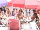 Mirella Santos e Ceará aproveitam dia de sol em praia do Rio
