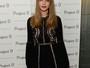 Look do dia: Cara Delevingne aposta em vestido preto com transparência