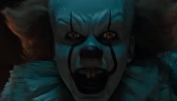 Bill Skarsgård como Pennywise em It: A Coisa (Foto: Divulgação)