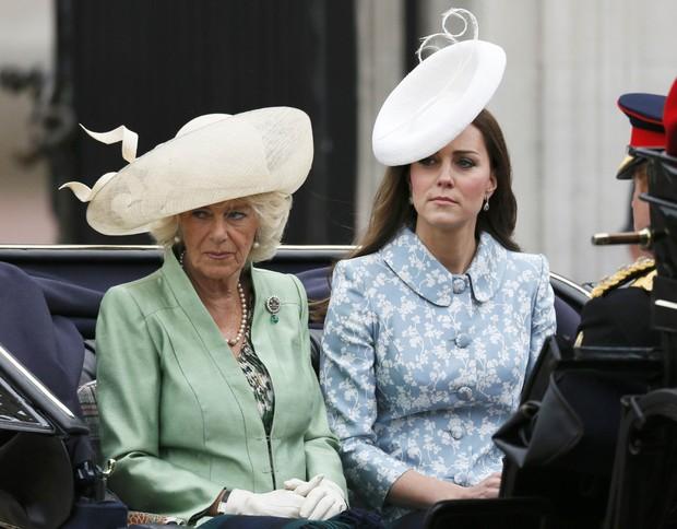 Kate Middleton e Camilla Parker-Bowles (Foto: Reuters)